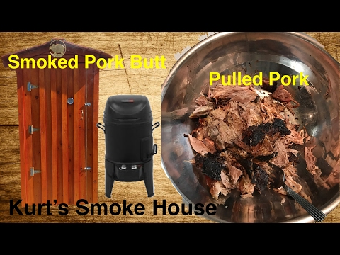 Smoked Pork Butt for pulled pork in the Char-Broil Big Easy 3 in 1 Smoker Roaster Grill TRU Infrared