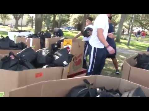 100,000 meals in 35 minutes - FIU & Temple 'Fill the Bowl'