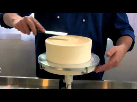 Coating a cake in royal icing Video Demonstration