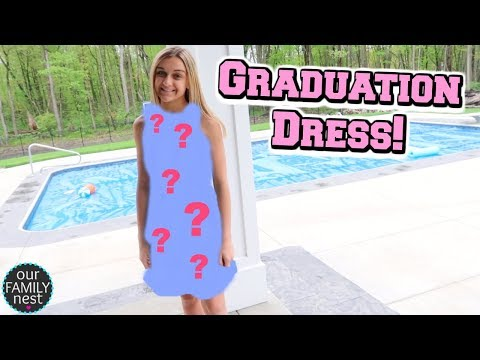 SHOPPING FOR MY GRADUATION DRESS WITHOUT MY MOM!