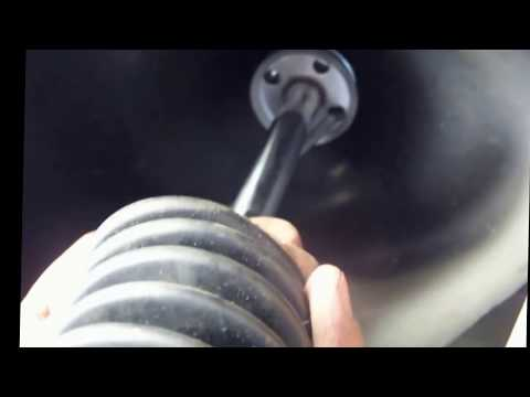 2004 Toyotoa Tundra Rear Shock Replacment