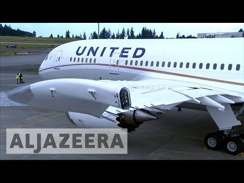 Calls for United Airlines boycott after removal of passenger