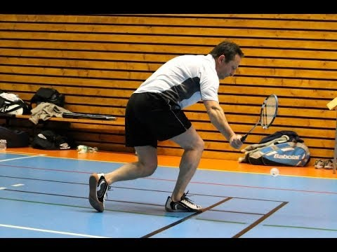 2 Backhand Techniques | Badminton Lessons
