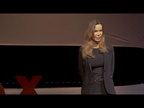 How to Help a Community Heal from Suicide | Pirie Grossman | TEDxSunValley