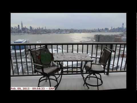 Northeastern Blizzard Nemo Time Laps Video -- New York City Skyline