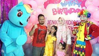 WOW!!! Ada badut lucu dan kuda poni di Pesta Ulang Tahun Jenica? 💖 Kids Birthday Party!