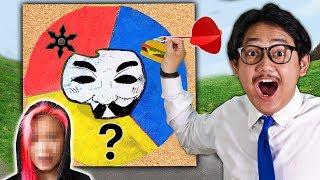 ปาลูกดอกใส่วงล้อปริศนาเพื่อถอดหน้ากากของคนใส่กาก ดร.เจฟ vs คนใส่หน้ากาก