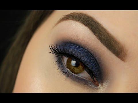 How To: Make Brown Eyes Pop! | Navy Smokey Eye