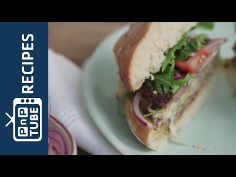 How to make Italian hidden-centre burgers