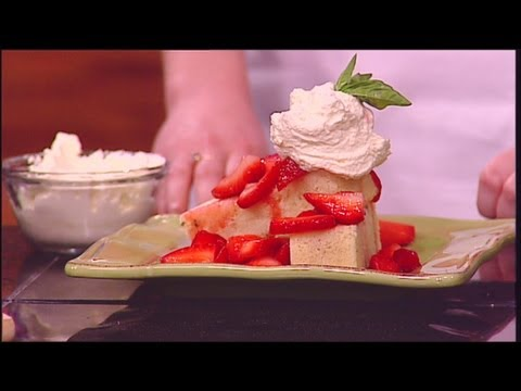 Mass Appeal Lavender cake with macerated strawberries!