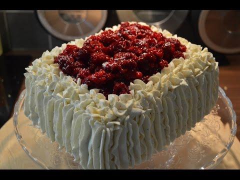 Norwegian Birthday Cake Part 4: Square decorated with cream
