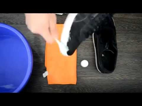 How to clean your shoes with toothpaste and a toothbrush.