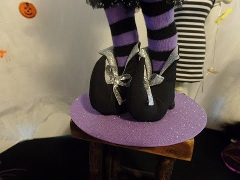 How to Make Elf or Witch Boots for Dolls Part 2