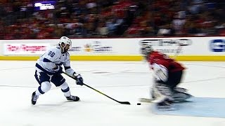 Kucherov fakes out Holtby with tricky phantom deke move