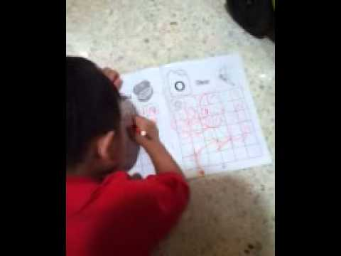 Toddler learn to write