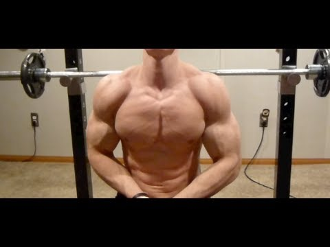 ACTIVATING YOUR CHEST DURING A BENCH PRESS