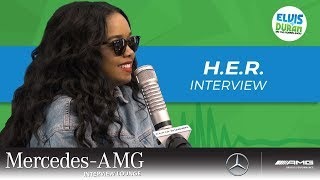 Why H.E.R. Doesn't Read the Comments | Elvis Duran Show