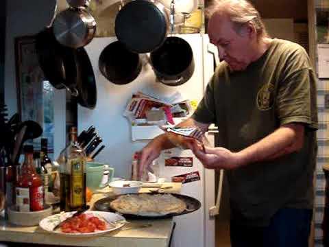 boboli pizza home made not delivery..mash potatoe and bacon