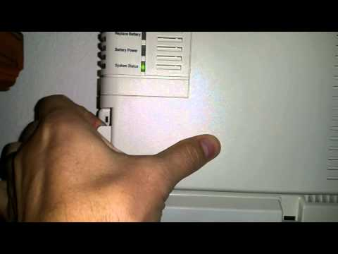 How to open Verizon FiOS battery panel