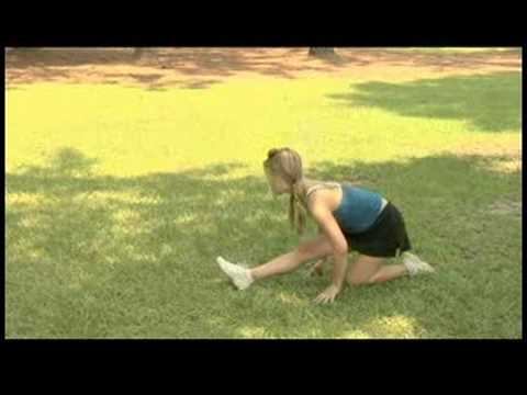Cheerleading Stunts & Accessories : How to Do Splits for Cheerleading