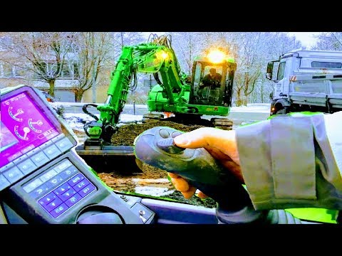 HOW TO DRIVE EXCAVATOR IN DETAIL |MONITOR/BUTTON TUTORIAL,OPERATE DIGGER DRIVING CONTROLS MACHINE