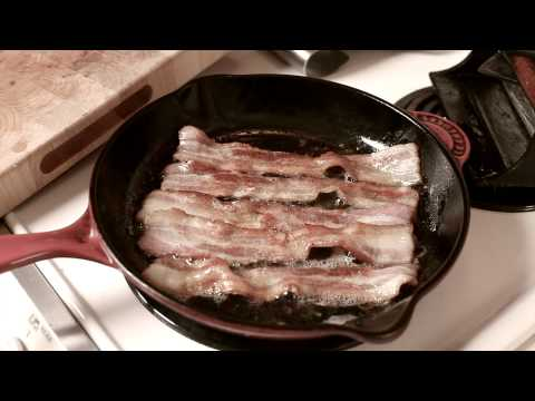 How to Make Bacon in a Skillet