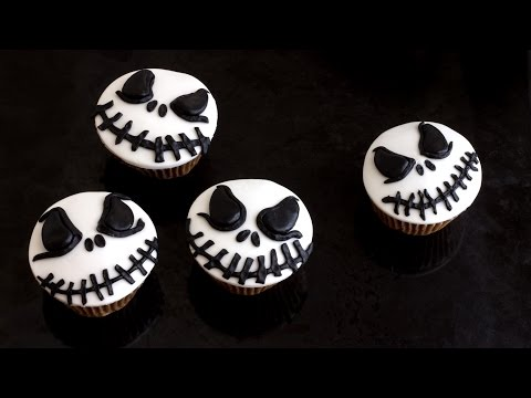 How to make Halloween Jack Skellington Cupcake Toppers | HappyFoods