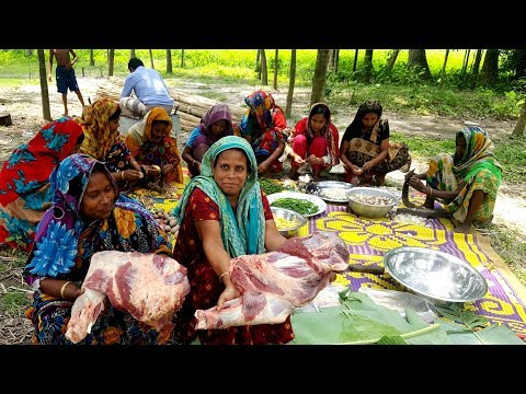 Beef Curry Cooking for 200+ Kids & Villagers - Two Full Leg Pieces Of Cow Curry Prepared By Women