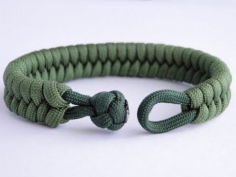How to Make a Fishtail Knot and Loop Paracord Survival Bracelet