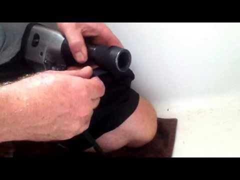 Removing stuck bathtub drain with a socket