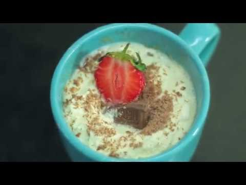 Baileys & Cinnamon Mug Cake | Miss Mandi Throwdown