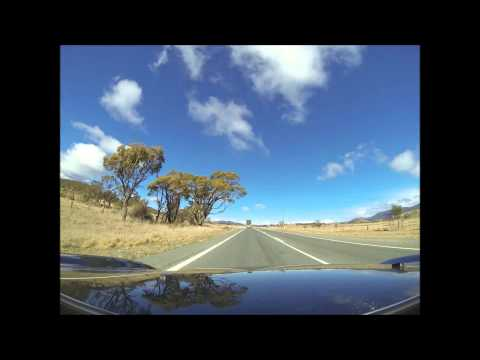 Driving from Sydney to the Australian Snowy Mountains and Lake Jindabyne