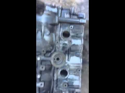 REMOVING RUST: OFF ENGINE 4 CYLINDER BLOCK MOTOR part 3