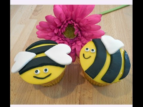 Bumble Bee Cupcakes by Jill