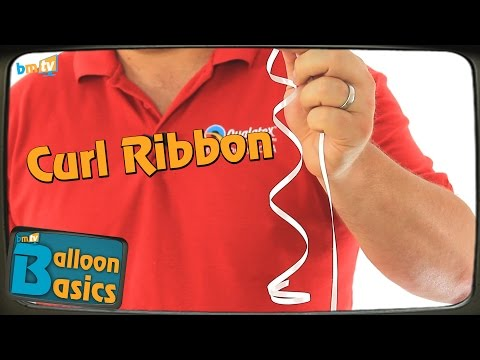 How to Easily Curl Ribbon on Balloons - Balloon Basics 06