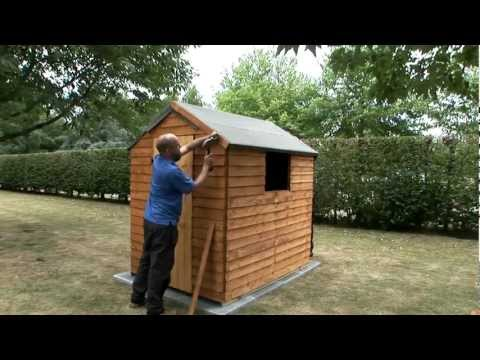 How to fix a felt roof to a garden shed