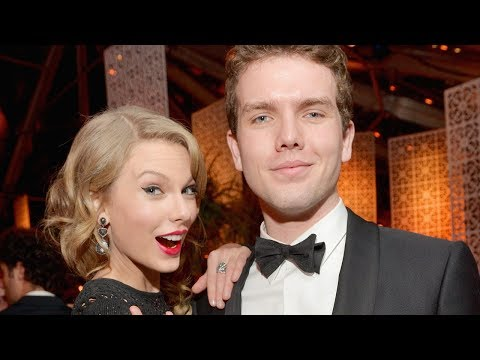 Taylor Swift Shares Sweet Message On National Siblings Day!