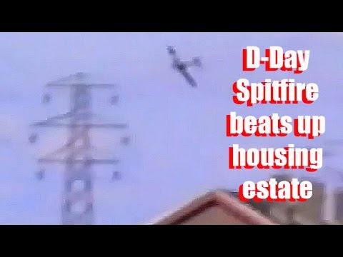 CRHnews - D-Day Spitfire + Battle of Britain 50th flypast 1990 - no music!