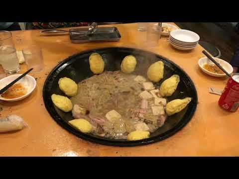 西川口 滕記熟食坊の、中国東北地方の大鉄鍋料理。