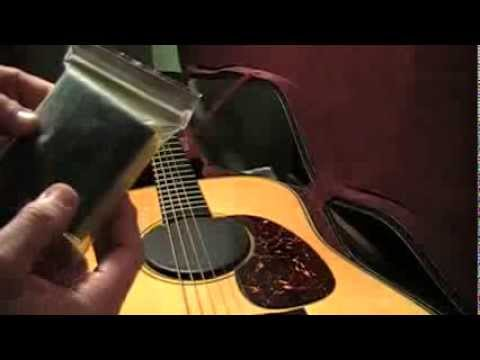 How to humidify acoustic guitar properly before it's too late!!! When to humidify and how to!