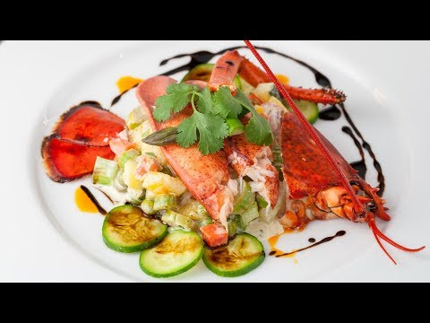 Lobster Salad Recipe with Mango - How to De-Shell a Lobster