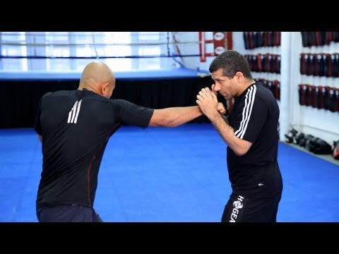 How to Do Basic Strike Combinations   MMA Fighting