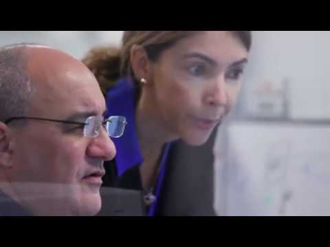 Canon Service and Support: Customer Solutions Center