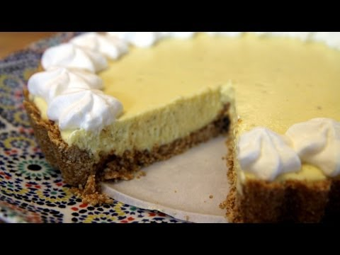 Best Key Lime Pie Recipe : Making the Graham Crust - CookingWithAlia - Episode 203