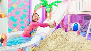 Download Bug Transform her Room into A Beach