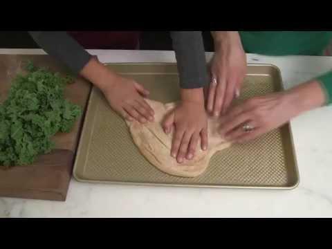 Quick Easy Dinner Ideas: DIY Veggie Pizza