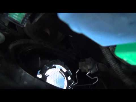 2004 Prius Headlight Bulb Replacement