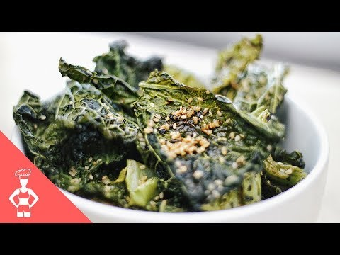 Savoy Cabbage Chips with Sesame (alternative for kale chips)