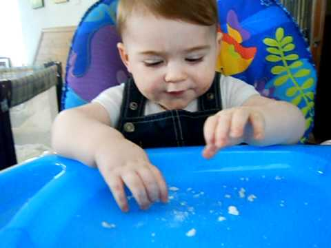 Does your baby have trouble with finger foods?