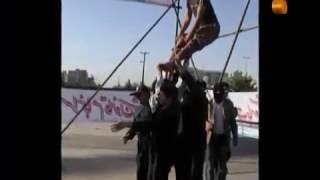 وحيد زارع  پس از اعدام علنی اش در مشهد، زنده ماند.